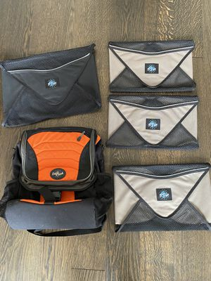 Eagle Creek travel set - backpack and four packing cubes for Sale in Chicago, IL