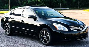 Price $1000 2011 Nissan Altima for Sale in CORP CHRISTI, TX