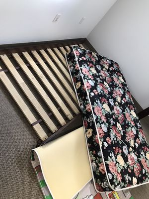 Twin bed for Sale in Beaverton, OR