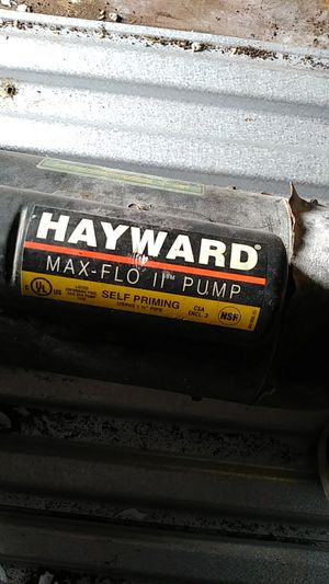 Hayward pool pump 2.0 hp we install pool pump as well if you want it we got it for Sale in Orlando, FL