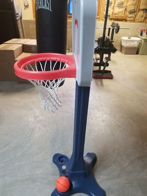 Toddler Basketball Hoop for Sale in Glendale Heights, IL