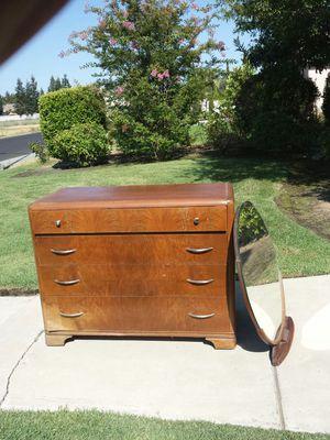 Dresser Antique Wide 4 Drawer Dresser With Mirror for Sale in Clovis, CA
