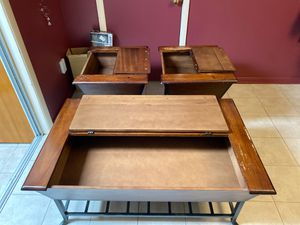 Free end Tables for Sale in Sacramento, CA