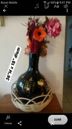Chinese ceramic vase with fake flowers for Sale in Houston, TX