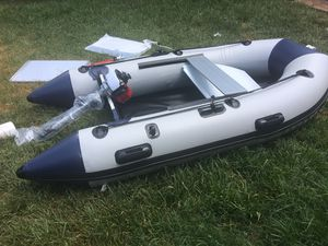Dingy boat with 4 stroke gas engine for Sale in Katy, TX