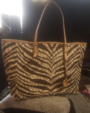 Michael Kors tote bag for Sale in Memphis, TN