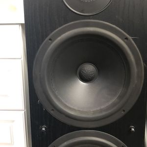 POLK Audio RT16 &RT10 Speakers. Front, Rear And Center Speakers for Sale in Castro Valley, CA