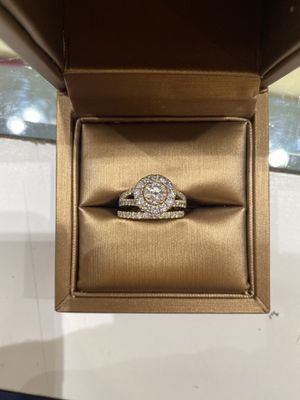 1.5 ct Diamond - Engagement Ring w/ Wedding Band (set) for Sale in Hayward, CA