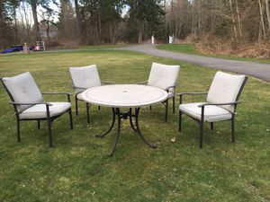 Patio Furniture Outdoor Dining Set for Sale in Maple Valley, WA