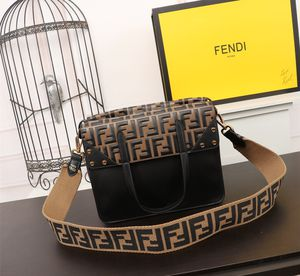 Fendi bag for Sale in Silver Spring, MD