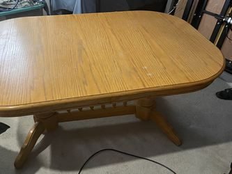 Oak Dining Room Table With 6 Chairs for Sale in Graham,  WA