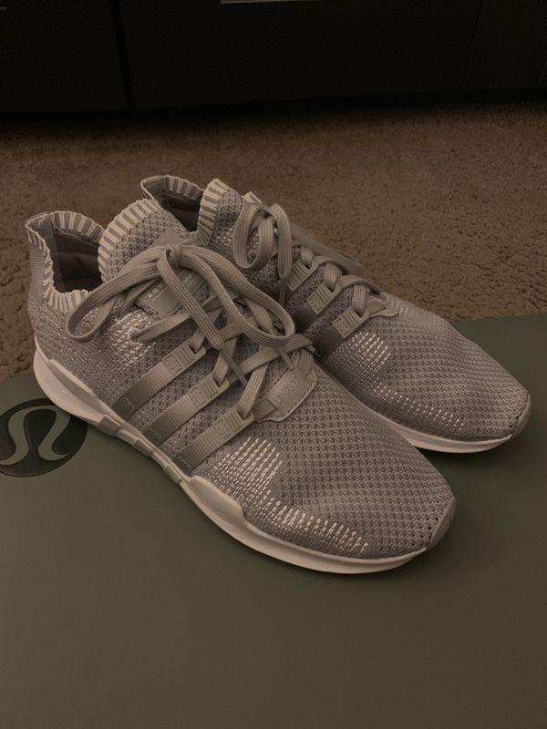 Men's Adidas 10.5 Shoes