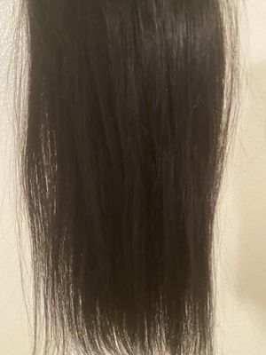 """Natural black 14"""" clip in extensions for Sale in Midland, TX"""