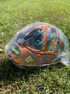 """NWT Wilson A2K Chapman 11.75"""" Baseball Glove for Sale in Boyds, MD"""