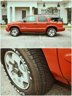 Automatic 2004 Chevy Blazer 4x4 35k miles for Sale in Boston, MA