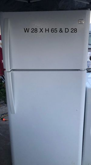 Kenmore Top-Freezer Refrigerator for Sale in San Leandro, CA