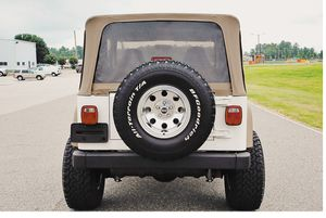Great Shape 2001 Jeep Wrangler 4WDWheels for Sale in Chicago, IL