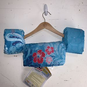 Stearns Puddle Jumper Swimmer 30-50 Lbs Model 29-114 Child Life Vest Flowers for Sale in Miami, FL
