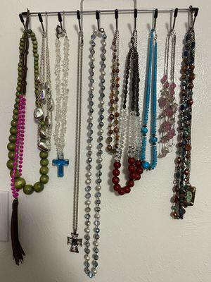 29 Costume Jewelry Necklaces for Sale in Dallas, TX