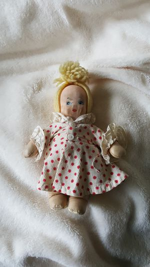 ANTIQUE KRUEGER DOLL for Sale in Plymouth, MI