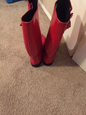 Nomad women gloss rain boots size 9 red for Sale in Arlington, TX