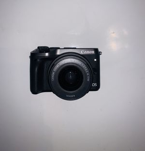 Canon EOS M6 for Sale in Queens, NY