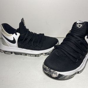 Nike KD 10 X Kevin Durant Black White Marble Oreo Youth Size 5.5Y for Sale in Pompano Beach, FL