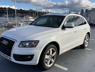 2010 AUDI Q5 Low Miles! 88k $9,800 for Sale in Seattle,  WA