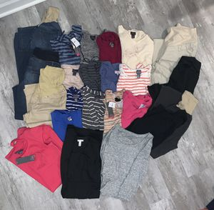 Maternity Winter Clothes Lot (size L) for Sale in Irwin, PA