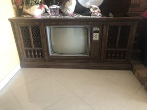 Antique console for Sale in Lubbock, TX