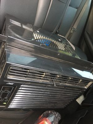 Artic King Ac Window unit [with Remote !] for Sale in Houston, TX