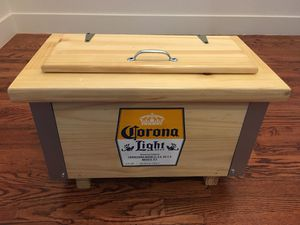Wooden Corona Light Cooler for Sale in Dallas, TX
