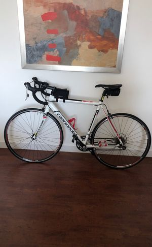 2014 Cannondale CAAD8 6 Tiagra road bike (Size 54) for Sale in Miami, FL
