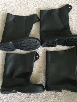 "Galoshes overshoe boot covers, heavy duty rubber, 12"" high, 2 pair, 1 large 1 medium, made in the USA, new for Sale in Lansdale,  PA"