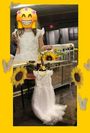 Girls flowergirl dress(no petticoat)size 8-9 for Sale in Hendersonville, TN