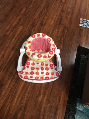 Baby seat for Sale in Saint Paul, MN