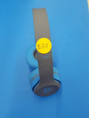 Beats Solo 3 Wireless Headphones for Sale in Detroit, MI
