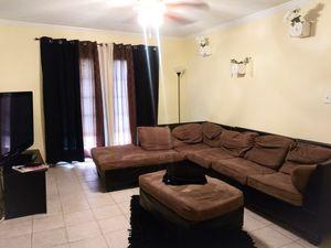 Brown Sectional w/ Ottoman for Sale in Atlanta, GA