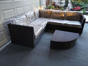 Outdoor patio sectional sofa for Sale in Chatsworth, CA