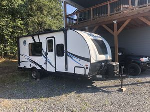 2018 Palomino Real-Lite Mini 180 Travel Trailer for Sale in Lake Stevens, WA