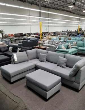 Sectional sofa ( ottoman included) for Sale in South El Monte, CA