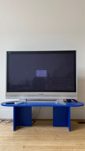 $20 Working 55 inch condition Large TV for Sale in Detroit, MI