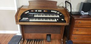 FREE ORGAN - MUST pick up in Wendell for Sale in Wendell, NC