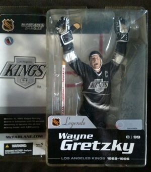 Wayne Gretzky action figure for Sale in New York, NY