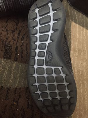 Nike fly nit shoes for Sale in Forestville, NY
