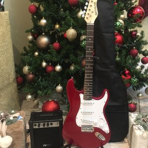 Huntington Electric Guitar Package for Sale in South Gate, CA