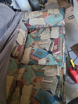 Broyhill sleeper sofa for Sale in Buckeye, AZ