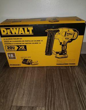 DEWALT 20v Max XR Brushless 18-Gauge Cordless Brad Nailer Kit for Sale in Saint Paul, MN