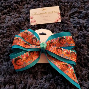 Moana Handmade Girls Hair Bow for Sale in Torrance, CA