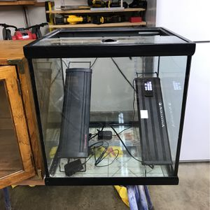 Fish tank With 2 LED lights for Sale in Damascus, OR